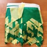 Гирлянды из флажков из ткани на заказ хвостик флажная лента на тесьме зеленая желтая РостАрт Москва 2018 18245