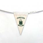 Изготовление флажной ленты из бумаги на заказ гирлянды из флажков из бумаги офсетная печать брендирование Виски JAMESON РостАрт Москва 12502