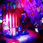 Изготовление гирлянд из флажков флажной ленты для детского праздника РостАрт Москва 2017