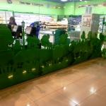 Фрезерная резка фанеры на заказ окрашивание фанеры оформление магазина фермерских продуктов Москва 2016 334