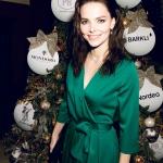 Новогодняя елка с украшениями для благотворительного мероприятия Светланой Бондарчук и Евгенией Поповой Action! Елизавета Боярская Москва 2017