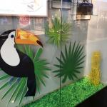 Изготовление табличек рекламных на заказ интерьерная печать на пластике резка пластика фрезерная резка окраска фанеры Москва 2018
