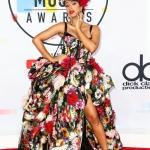 Пресс-волл фотозона с красной дорожкой премия American Music Awards Карди Би Лос-Анджелес США 2018