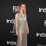 Пресс-волл фотозона премия InStyle Awards Рози Хантингтон-Уайтли Лос-Анджелес США 2018