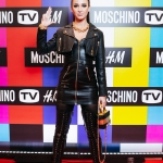 Пресс-волл фотозона  новой коллаборации брендов Moschino и H&M Ольга Бузова Москва 2018