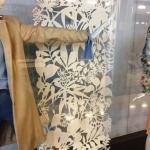 Фрезерная резка пенокартона изготовление ростовой фигуры из пластика оформление магазина торгового центра Москва 2018 994