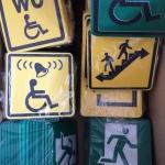 Изготовление тактильных табличек пластик таблички брайль на пластике уф-печать на пластике изготовление мнемосхем для инвалидов Москва РостАрт 2018 6899
